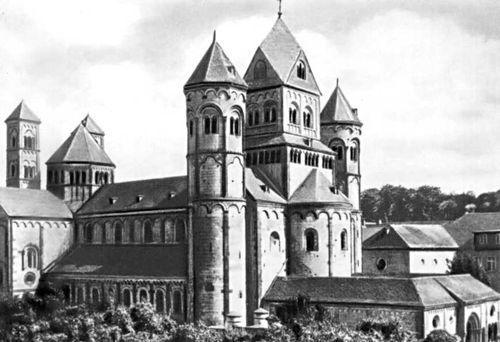 Церковь монастыря Марии на оз. Лах. Германия. 1093—1156. Архитектура.