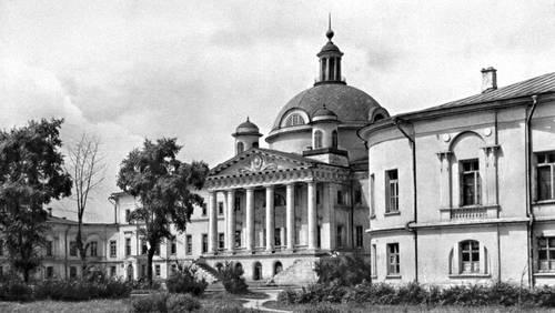 Голицынская (ныне 1-я городская) больница в Москве. 1796—1801. Архитектор М. Ф. Казаков. Больница.