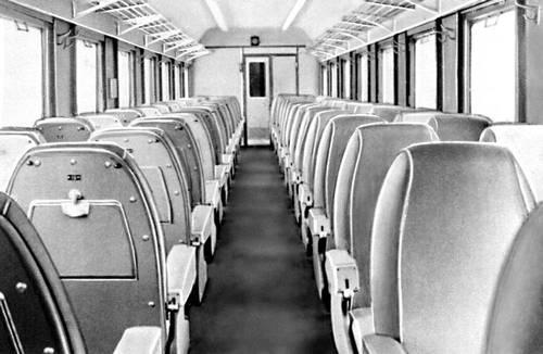 Рис. 8. Вагон дизель-поезда (внутренний вид). Вагон.