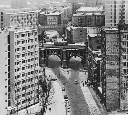 Повисле — один из старейших столичных районов. Варшава.