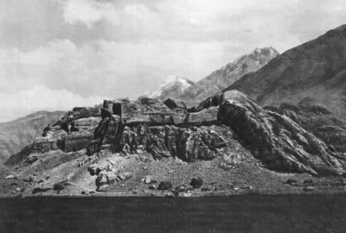 Крепость Каахка. Первые века н. э. Горно-Бадахшанская автономная область.