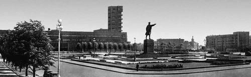 Кировская площадь в Ленинграде. 1925—54. Градостроительство.