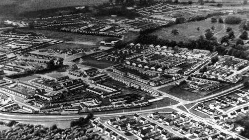Стивенедж — город-спутник Лондона. Строительство начато в 1946. Аэрофотосъёмка. Градостроительство.