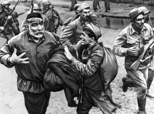 Кадр из фильма «Отец солдата». Реж. Р. Д. Чхеидзе. 1965. Грузинская Советская Социалистическая республика.