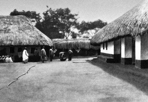 Комплекс сооружений храма в Центральной Дагомее. Дагомея.