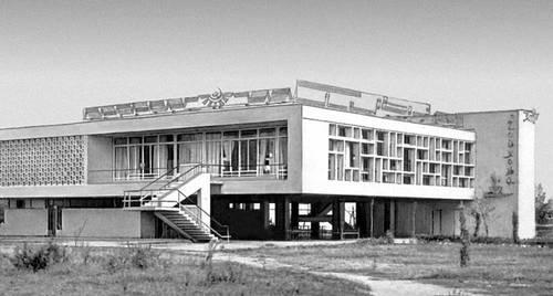 Душанбе. Чайхана «Восток». 1960-е гг. Архитекторы Г. В. Соломинов, А. И. Ярушин. Душанбе.