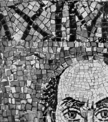 «Архиепископ Максимилиан». Фрагмент мозаики «Император Юстиниан со свитой» в церкви Сан-Витале в Равенне. Около 547. Живопись.