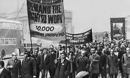 Демонстрация солидарности трудящихся Ливерпула с бастующими докерами и горняками. Великобритания. 1972. Забастовка.