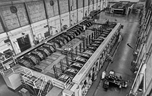 Рис. 7. Завод для электромагнитного разделения в Ок-Ридже (США). Изотопов разделение.