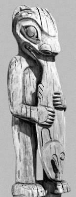 Амулет для ловли лососей. Дерево. Индейцы тлинкиты (Аляска). Музей естественной истории. Чикаго. Индейцы.
