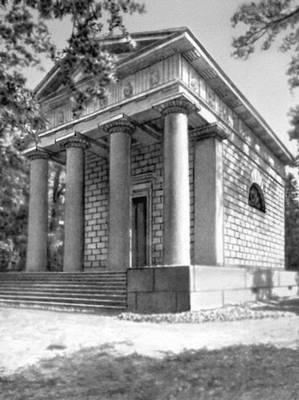 Ж. Тома де Томон. Мавзолей в Павловске. 1805—08. Классицизм.