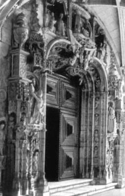 Лисабон. Монастырь Жеронимуш. Церковь Санта-Мария ди Белен. 16 в. Архитекторы Боитак и др. Главный портал. Лисабон.