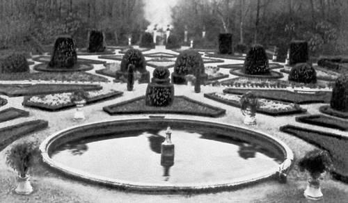 Лисабон. Парк Фарробу (ныне — зоологический сад). С 18 в. Лисабон.