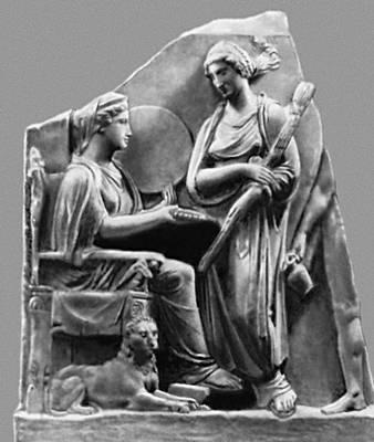 Мифология. Греция. Малоазийская «Великая мать» Кибела и греческая богиня Геката. 4 в. до н. э. Античное собрание. Берлин. Мифология.