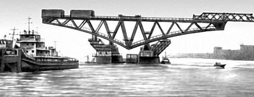 Рис. 5. Перевозка на плаву секции моста. Мост (сооружение).