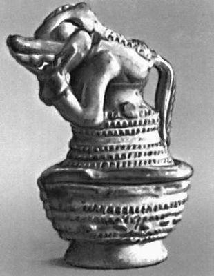 Керамическая урна. Древний период. Национальный музей Никарагуа. Манагуа. Никарагуа (государство в Центр. Америке).
