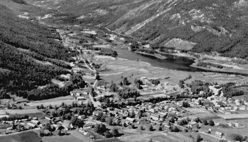 Посёлок Несбюэн в долине Халлингдаль. Норвегия.