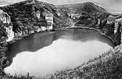 Карстовое озеро Шан-Хурей на Северном Кавказе. Озёра.