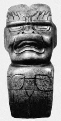 Ритуальный «топор» с изображением божества. Нефрит. Британский музей. Лондон. Ольмекская культура.