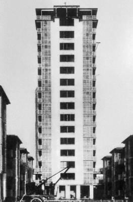 М. Лодс (совместно с Э. Бодуэном). Жилой комплекс Ла Мюэт в Драней (близ Парижа). 1933—34. Париж.