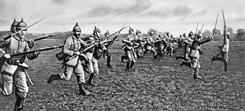 Атака германской пехоты 1914