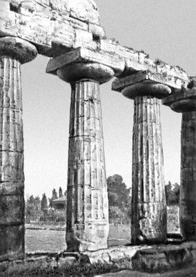 Базилика в Пестуме. Сер. 6 в. до н. э. Пестум.