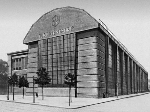 Берлин. Турбинная фабрика фирмы «АЭГ». 1909. Арх. П. Беренс. Промышленные здания.