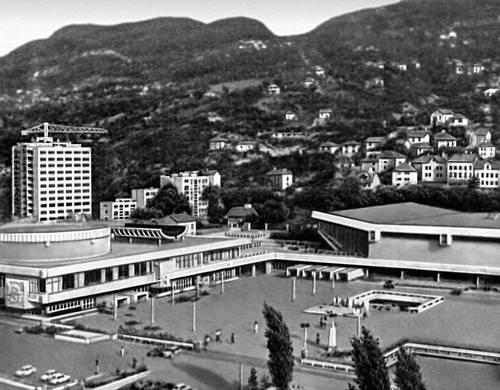 Сараево. Культурно-спортивный центр «Скендерия». 1960-е гг. Архитекторы Ж. Янкович и Х. Мухасилович. Сараево.
