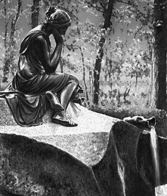 Скульптура. П. П. Соколов. «Молочница с разбитым кувшином». Фонтан в Екатерининском парке в Пушкине. Бронза, гранит. 1816. Скульптура.