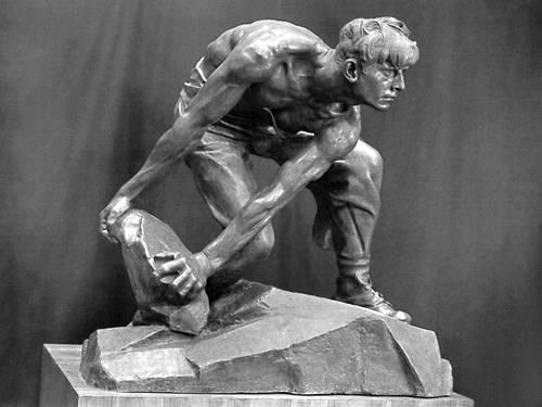 И. Д. Шадр. «Булыжник — оружие пролетариата». 1927 (бронзовый отлив — 1947). Скульптура.