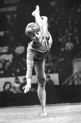 Спортивная гимнастика. Вольные упражнения (Л. С. Латынина). Спортивная гимнастика.