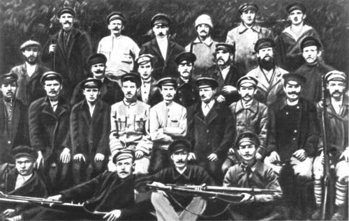 Отряд Красной Гвардии Трубочного завода. Петроград. 1917. СССР. Капиталистический строй.