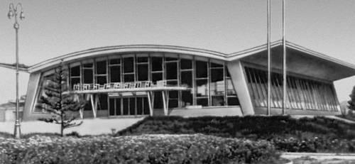 Выставочный павильон «Шилэн байшин» в Улан-Баторе. 1961—64. Архитектор А. В. Гуляев. Улан-Батор.