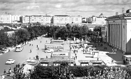 Улан-Уде. Площадь Революции. Улан-Удэ.