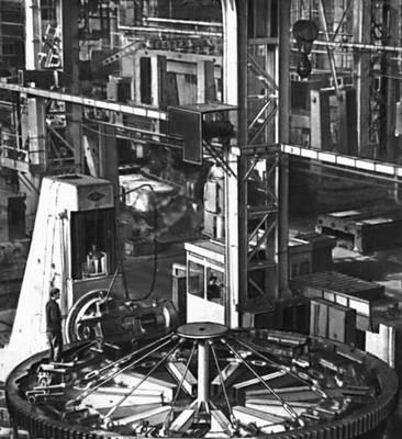 Ульяновская область. На заводе тяжелых и уникальных станков в Ульяновске. Ульяновская область.