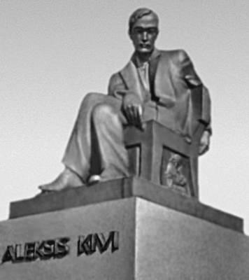 Хельсинки. Памятник А. Киви. Бронза, гранит. 1932—34. Скульптор В. Аалтонен. Хельсинки.