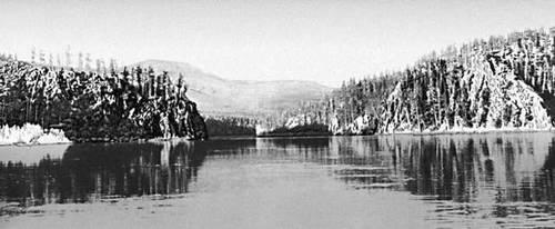 Река Подкаменная Тунгуска. Эвенкийский автономный округ.